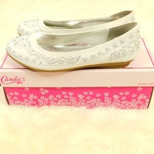Candies Girl Size 5 Silver Studded Flats Shoes NWT